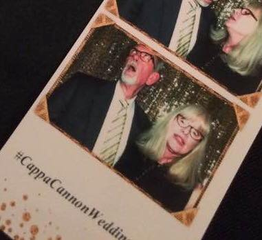 scott-and-wife-photobooth