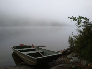 Rowboat_on_Symes_Pond