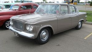 1961_Studebaker_Lark_VI_four-door_sedan