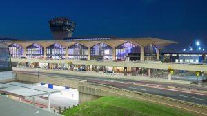 newark airport at night