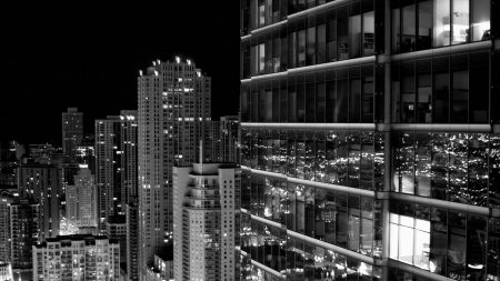 skyscraper_city_black_white